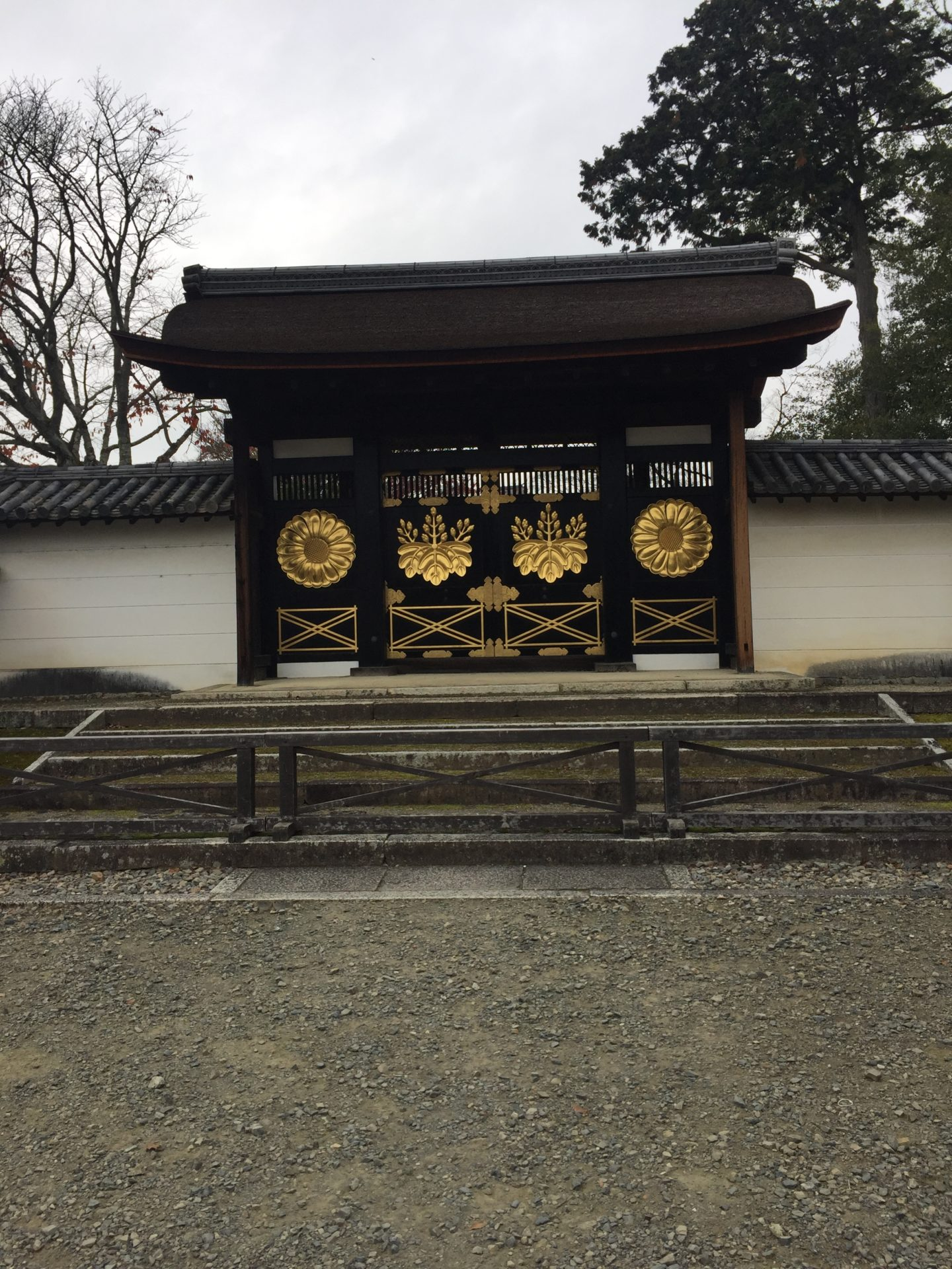 醍醐寺勅使門